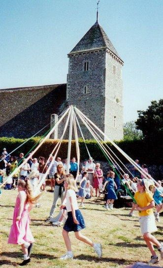 Maypole_Dancing_at_Bishopstone_Church,_Sussex_-_geograph.org.uk_-_727031